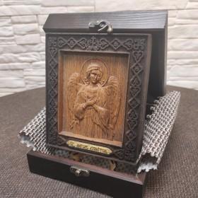 Икона Ангела Хранителя из бука