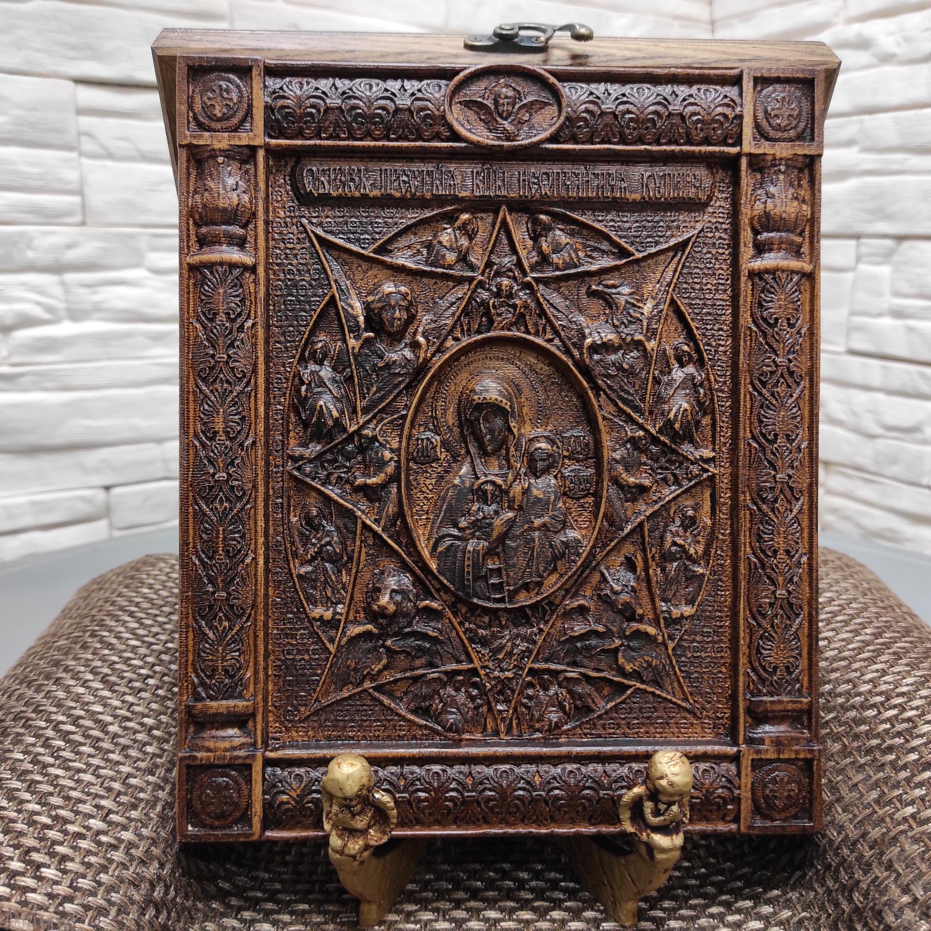 Икона богородицы Неопалимая Купина из массива ясеня