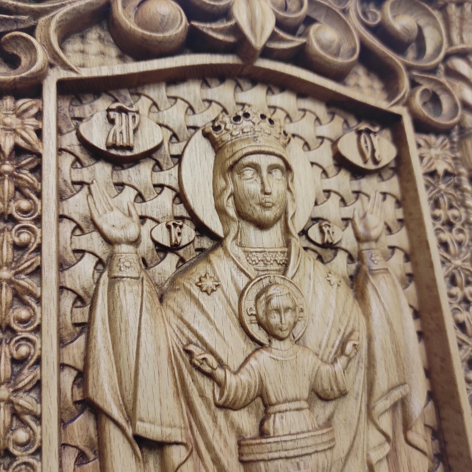 Фото резной иконы пресвятой богородицы Неупиваемая чаша вид лика