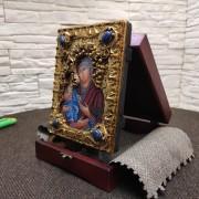 """Фото подарочной иконы пресвятой Богородицы """"Троеручица"""" с иглицами, камнями"""