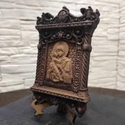 Фото маленькой резной иконы пресвятой богородицы Владимирская