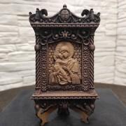 Маленькая резная икона пресвятой богородицы Владимирская