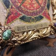 Фото нижнего левого камня иконы под старину Всевидящее око с иглицами и камнями