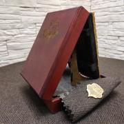 Фото коробки подарочной иконы Господа Вседержителя с иглицами, камнями бирюза