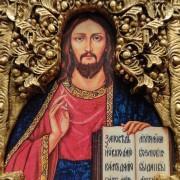 Фото лика подарочной иконы Господа Вседержителя с иглицами, камнями бирюза