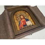 Икона Господа Вседержителя в округлой раме с позолотой