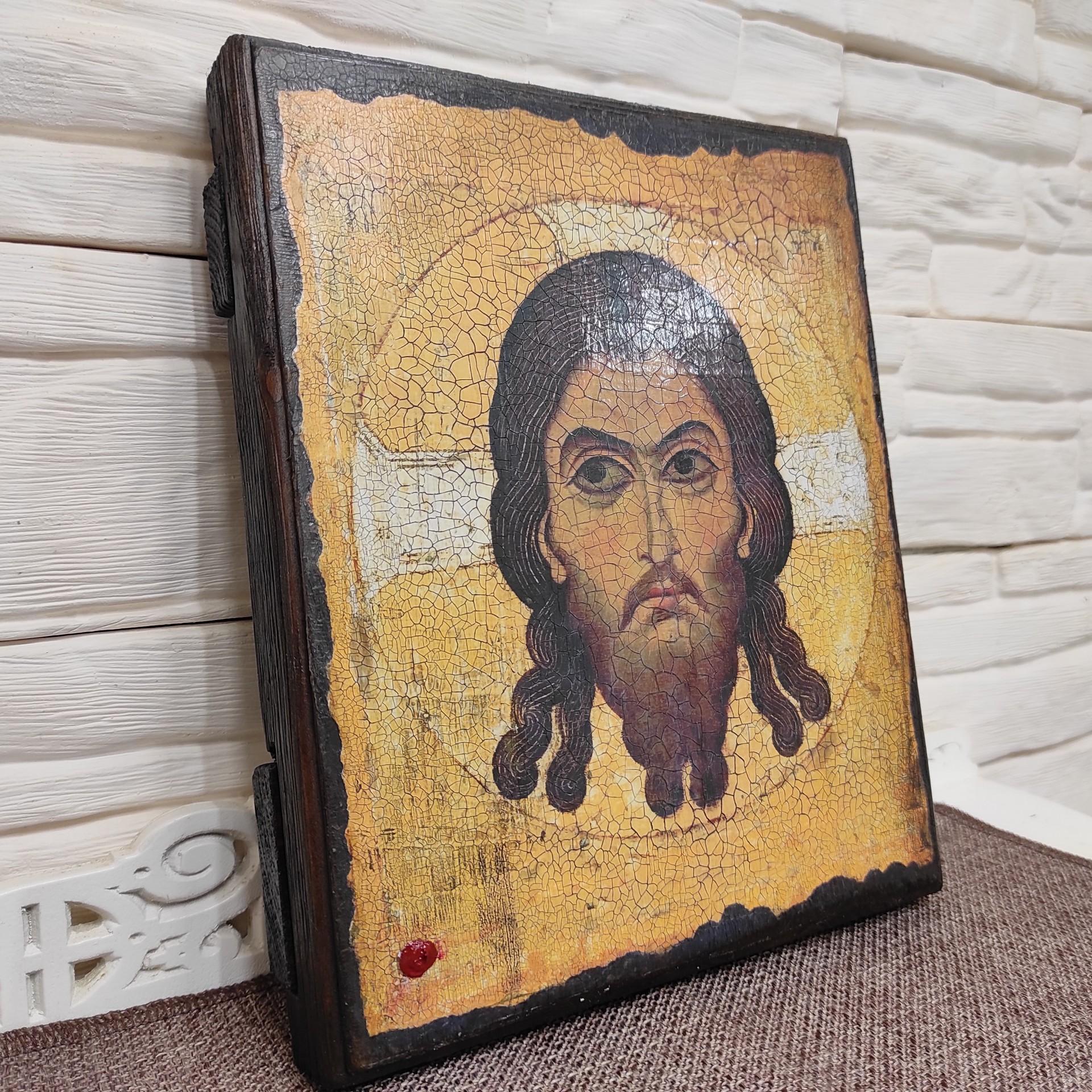 Фото сбоку Спас Нерукотворный икона под старину, массив сосны