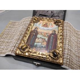 Авторская икона Петра и Февронии с иглицами и камнями