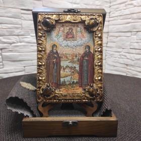 Икона Петра и Февронии с иглицами и камнями средняя