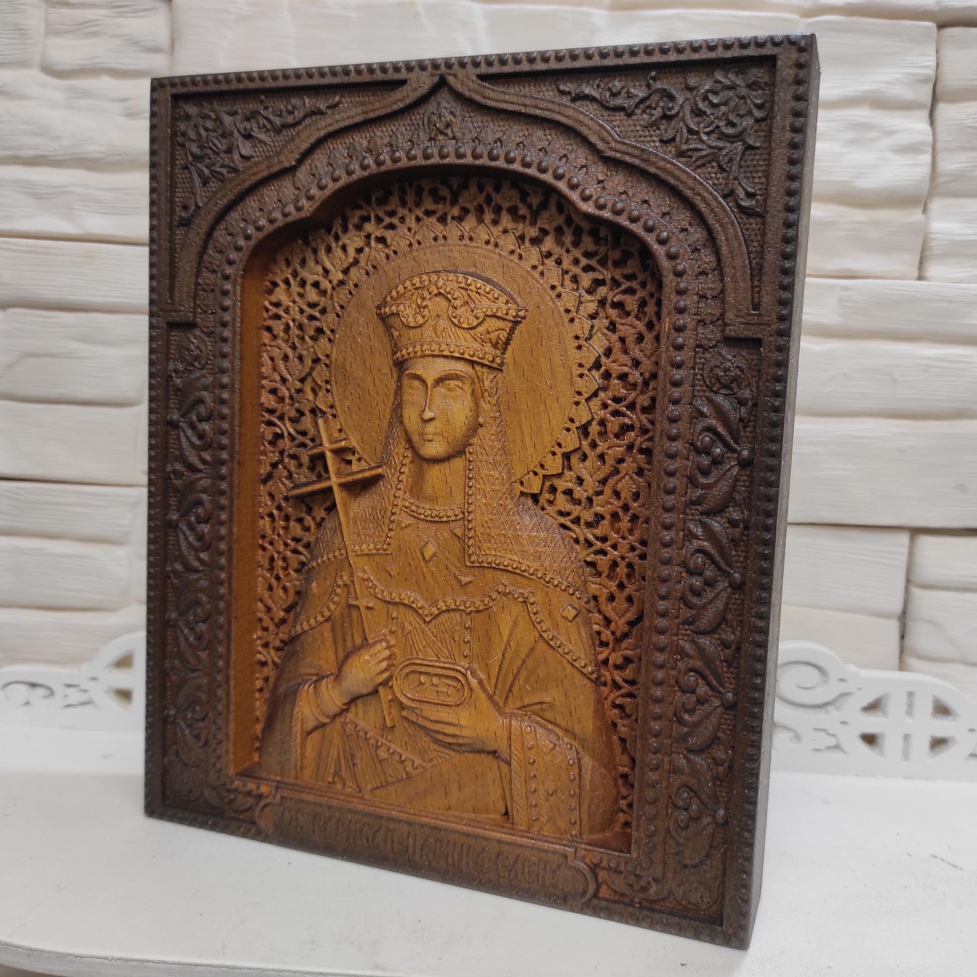 Резная икона святая равноапостольная царица Елена