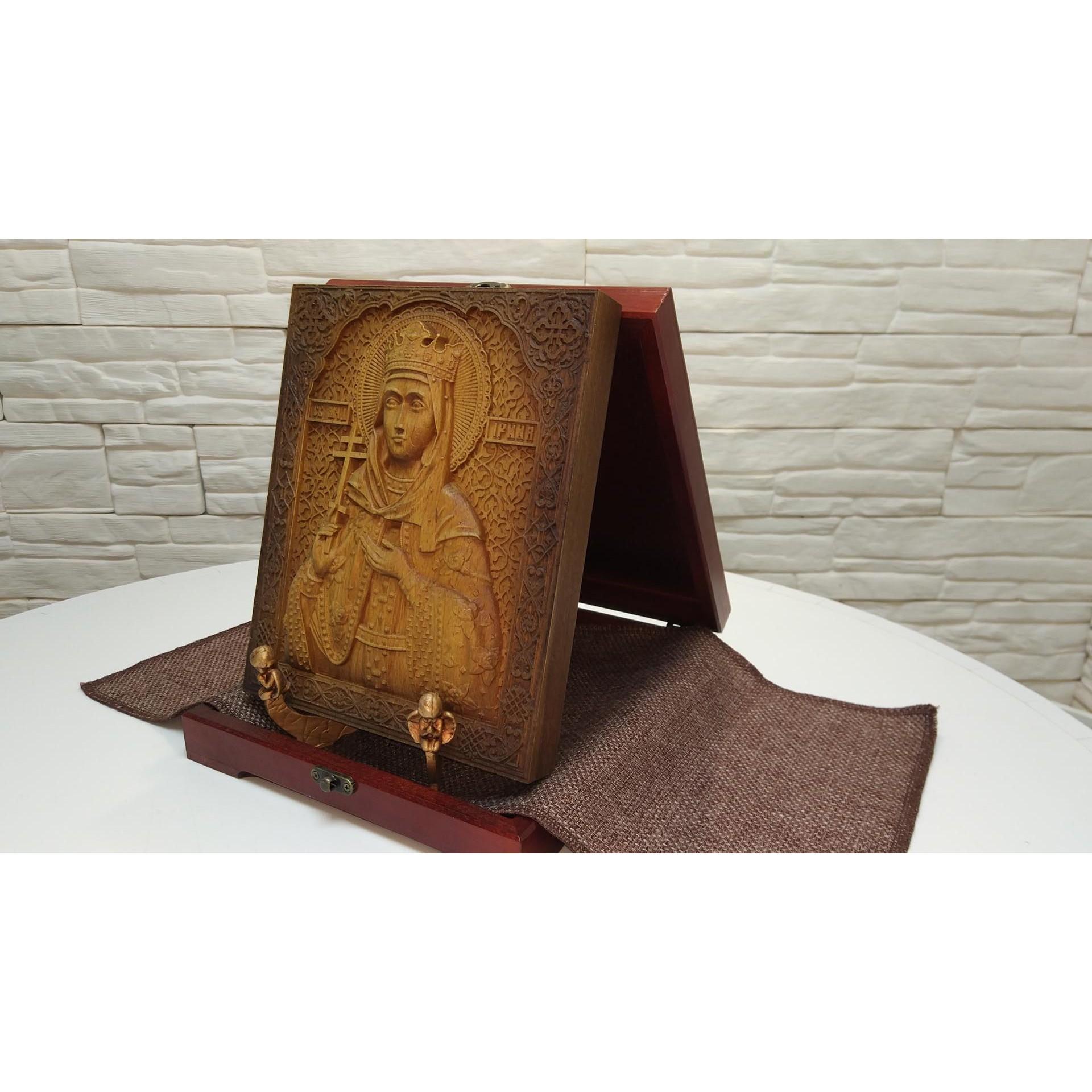 Резная икона святой мученицы Ирины Аквилейской