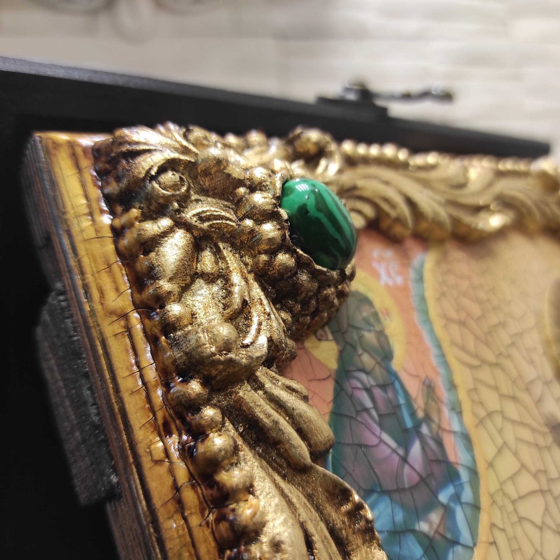 Фото верхнего камня иконы Ксении Петербургской, святой блаженной