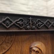 Фото креста резной иконы святой блаженной Ксении Петербургской