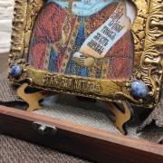 Фото нижних камней иконы святой мученицы Натальи Никомедийской с камнями
