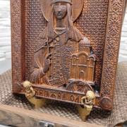 Резная икона святой равноапостольной княгини Ольги