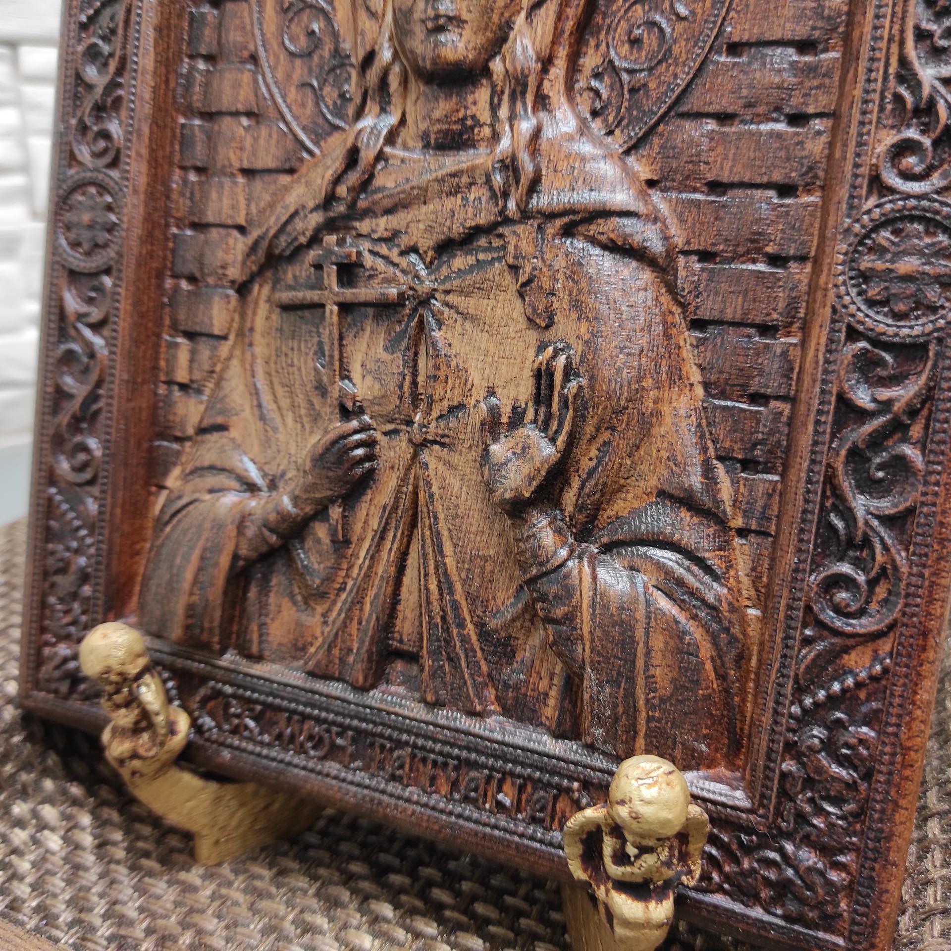 Резная икона святая мученица Татьяна Римская
