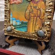 Фото небольшой иконы Артемия Веркольского, подарочная камни снизу