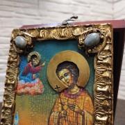 Фото небольшой иконы Артемия Веркольского, подарочная камни сверху