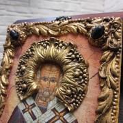 Фото венца и верхних камней авторской иконы Николая Чудотворца с камнями