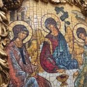 Список иконы Троица Рублева вид под наклоном