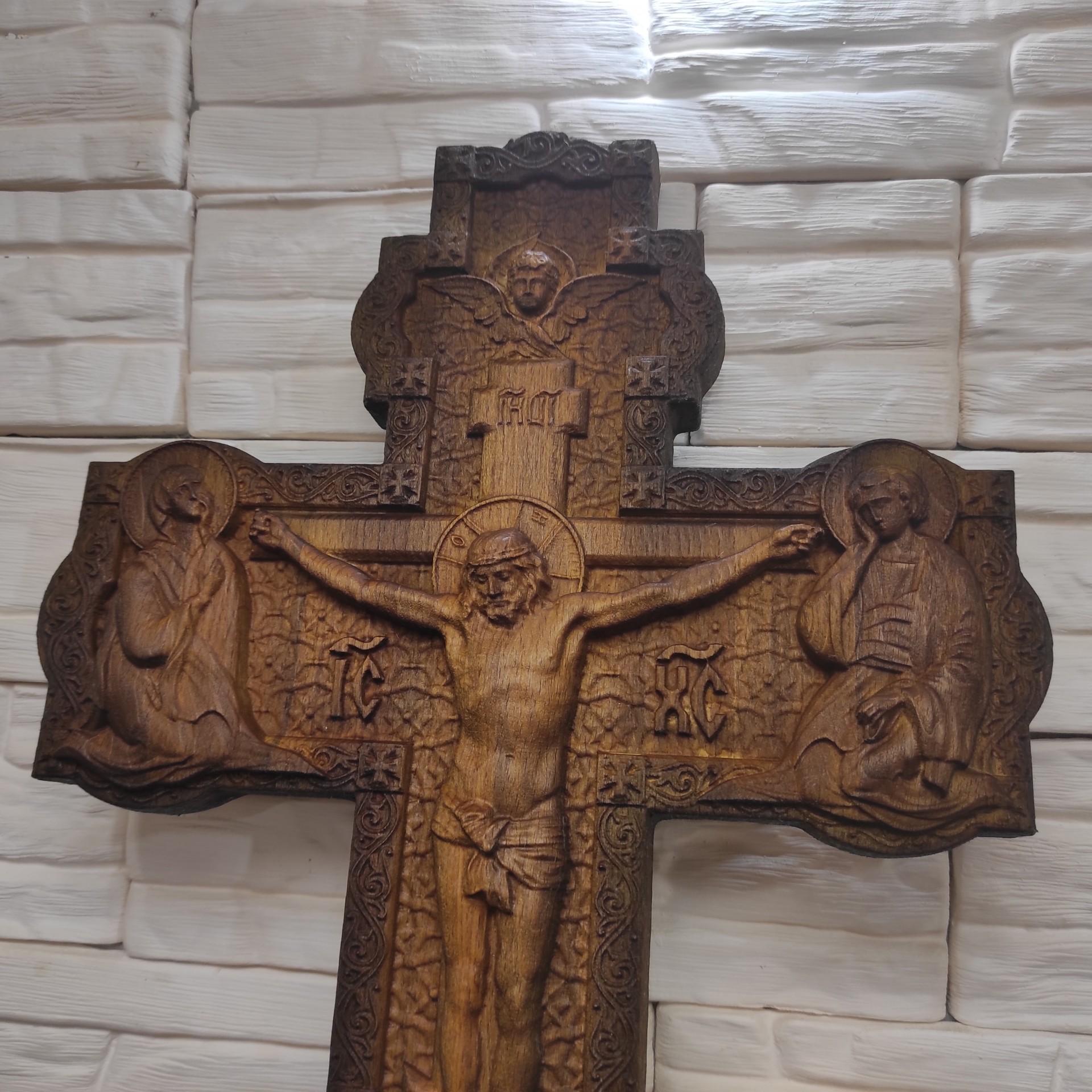 Фото распятие Иисуса Христа, большое вид сверху